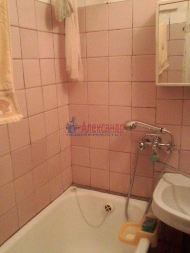 3-комнатная квартира (58м2) на продажу по адресу Ломоносов г., Ораниенбаумский пр., 21— фото 4 из 5