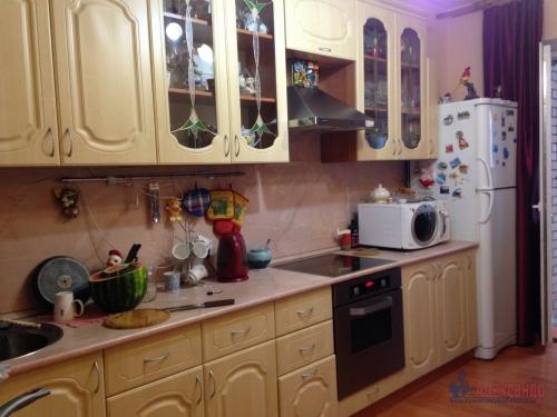 2-комнатная квартира (60м2) на продажу по адресу Беринга ул., 23— фото 7 из 14