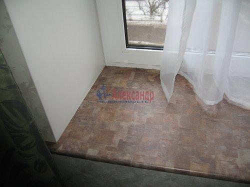 2-комнатная квартира (63м2) на продажу по адресу Кондратьевский пр., 32— фото 5 из 18