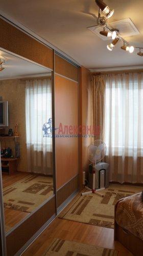 2-комнатная квартира (61м2) на продажу по адресу Мурино пос., Оборонная ул., 2— фото 6 из 7