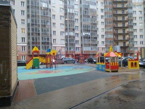 2-комнатная квартира (80м2) на продажу по адресу Просвещения просп., 99— фото 1 из 13