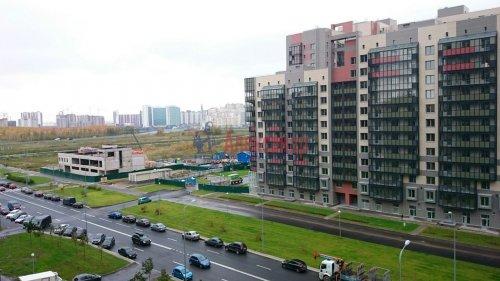 2-комнатная квартира (68м2) на продажу по адресу Адмирала Трибуца ул., 5— фото 3 из 3