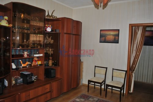 2-комнатная квартира (58м2) на продажу по адресу Бабушкина ул., 52— фото 9 из 25
