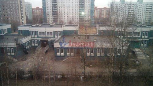 3-комнатная квартира (57м2) на продажу по адресу Долгоозерная ул., 6— фото 10 из 10
