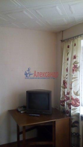 2-комнатная квартира (43м2) на продажу по адресу Назия пос., Октябрьская ул., 6— фото 3 из 5