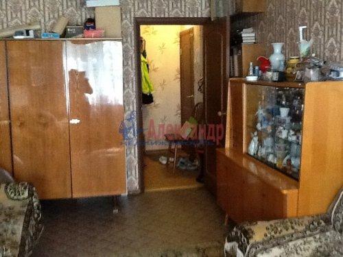 2-комнатная квартира (44м2) на продажу по адресу Коммунар г., Школьная ул., 24— фото 2 из 10