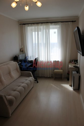 1-комнатная квартира (36м2) на продажу по адресу Есенина ул., 1— фото 14 из 24