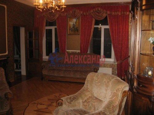 4-комнатная квартира (143м2) на продажу по адресу Большой пр., 63— фото 16 из 27