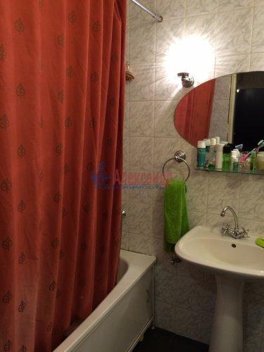 2-комнатная квартира (63м2) на продажу по адресу Кондратьевский пр., 32— фото 7 из 18