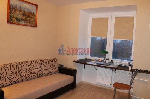 2-комнатная квартира (55м2) на продажу по адресу Мурино пос., Шоссе в Лаврики ул., 34— фото 9 из 13