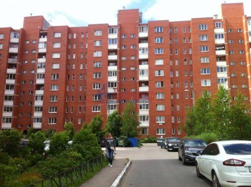 3-комнатная квартира (78м2) на продажу по адресу Коммунар г., Ленинградское шос., 27— фото 1 из 4