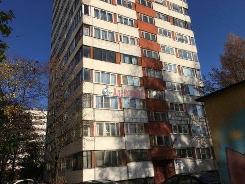 1-комнатная квартира (33м2) на продажу по адресу Поэтический бул., 13— фото 1 из 10