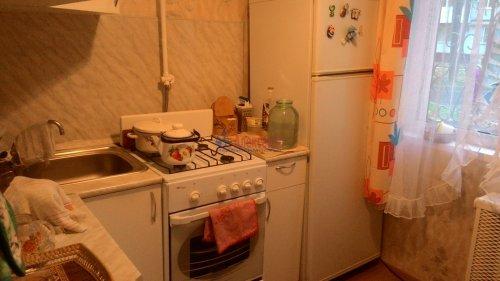 2-комнатная квартира (44м2) на продажу по адресу Кириши г., Романтиков ул., 13— фото 3 из 7