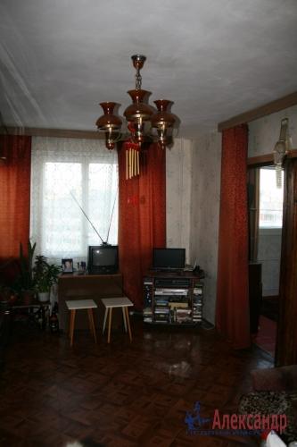 3-комнатная квартира (52м2) на продажу по адресу Руднева ул., 5— фото 2 из 6