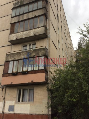 3-комнатная квартира (63м2) на продажу по адресу Олеко Дундича ул., 8— фото 2 из 6