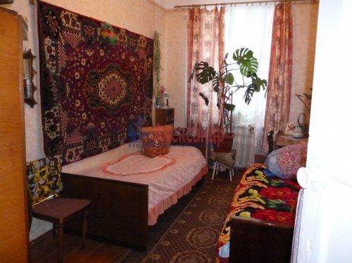 2-комнатная квартира (50м2) на продажу по адресу Подпорожье г., Гнаровской ул., 18— фото 2 из 3