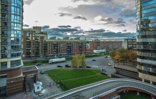 4-комнатная квартира (156м2) на продажу по адресу Варшавская ул., 66— фото 23 из 25