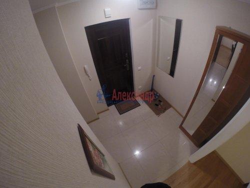 2-комнатная квартира (69м2) на продажу по адресу Шушары пос., Пушкинская ул., 48— фото 8 из 16