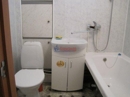 1-комнатная квартира (31м2) на продажу по адресу Волхов г., Авиационная ул., 40— фото 7 из 8