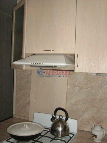 2-комнатная квартира (45м2) на продажу по адресу Суздальский просп., 107— фото 5 из 15