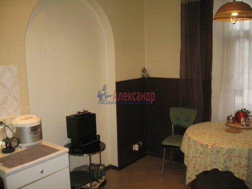 2-комнатная квартира (63м2) на продажу по адресу Кондратьевский пр., 32— фото 12 из 18