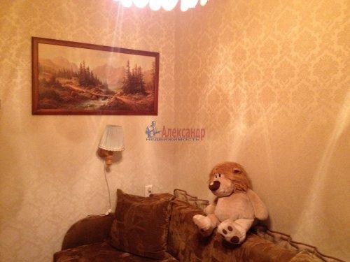 4-комнатная квартира (48м2) на продажу по адресу Лени Голикова ул., 27— фото 4 из 16