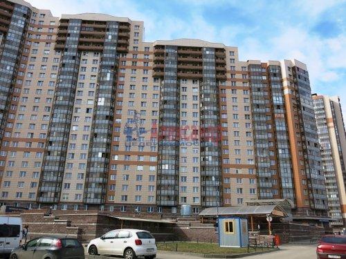 1-комнатная квартира (42м2) на продажу по адресу Шуваловский пр., 37— фото 1 из 14