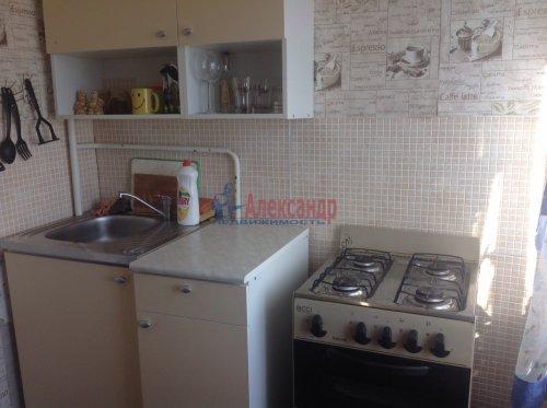 2-комнатная квартира (51м2) на продажу по адресу Большевиков пр., 69— фото 5 из 9