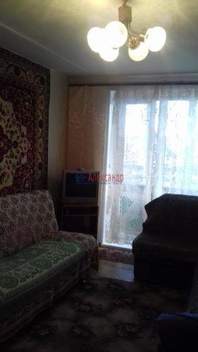 2-комнатная квартира (45м2) на продажу по адресу Петергоф г., Братьев Горкушенко ул., 9— фото 3 из 12