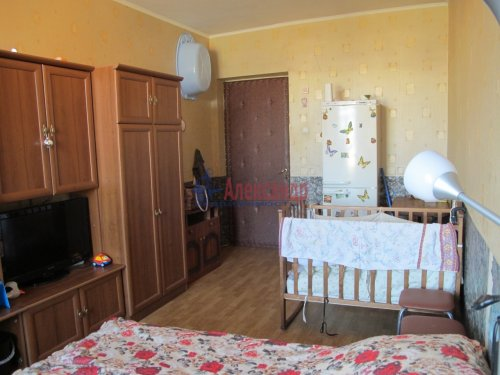 Комната в 3-комнатной квартире (78м2) на продажу по адресу Революции шос., 17— фото 7 из 9