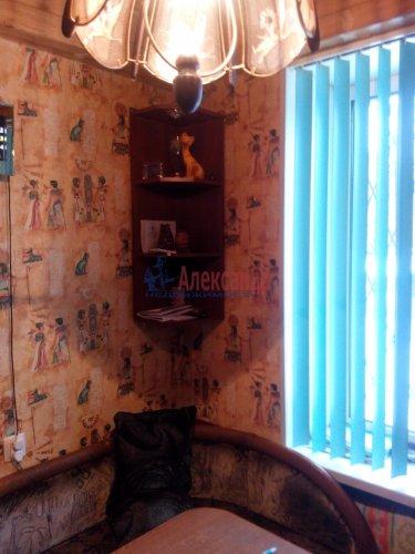 2-комнатная квартира (42м2) на продажу по адресу Шелгунова ул., 15— фото 8 из 14