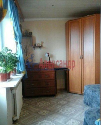 2-комнатная квартира (48м2) на продажу по адресу Кириши г., Ленина пр., 6— фото 3 из 6