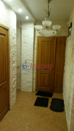 3-комнатная квартира (67м2) на продажу по адресу Миронова ул., 7— фото 3 из 22