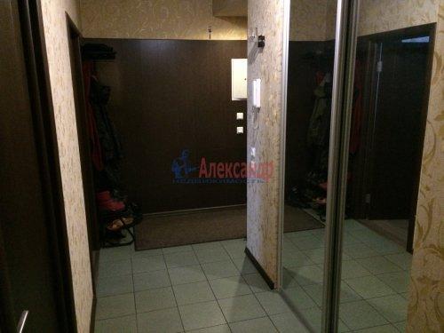 2-комнатная квартира (63м2) на продажу по адресу Кондратьевский пр., 32— фото 16 из 18