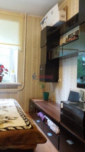 Комната в 4-комнатной квартире (760м2) на продажу по адресу Сестрорецк г., Борисова ул., 9— фото 5 из 9