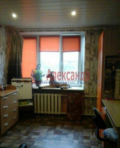 2-комнатная квартира (48м2) на продажу по адресу Кириши г., Ленина пр., 6— фото 4 из 6
