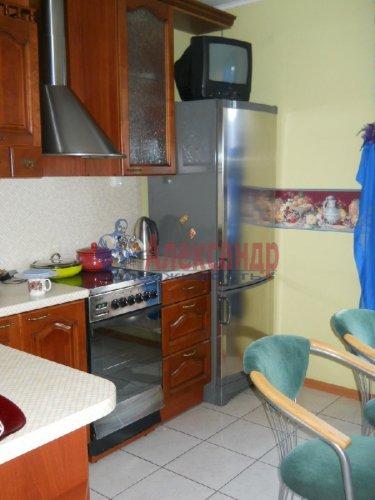 3-комнатная квартира (70м2) на продажу по адресу Вербная ул., 13— фото 6 из 10