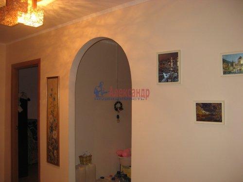 4-комнатная квартира (72м2) на продажу по адресу Лампово дер., 17— фото 3 из 6