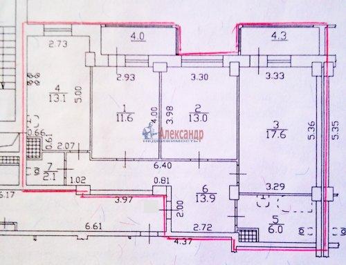 3-комнатная квартира (80м2) на продажу по адресу Комендантский пр., 53— фото 4 из 18