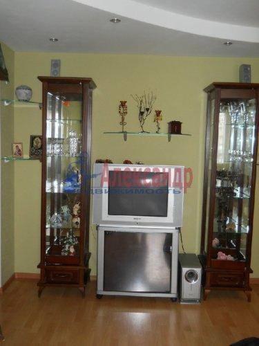 3-комнатная квартира (70м2) на продажу по адресу Вербная ул., 13— фото 7 из 10