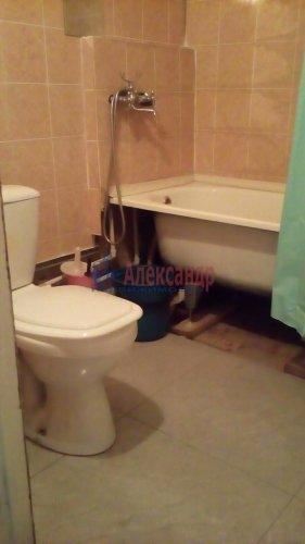 2-комнатная квартира (43м2) на продажу по адресу Назия пос., Октябрьская ул., 6— фото 4 из 5