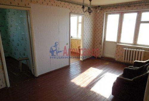 4-комнатная квартира (63м2) на продажу по адресу Гостилицы дер., Комсомольская ул., 5— фото 1 из 11