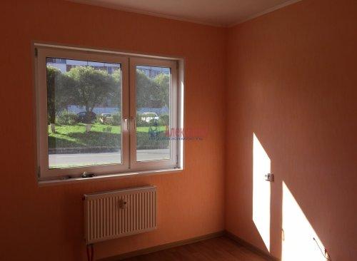 2-комнатная квартира (53м2) на продажу по адресу Сосновый Бор г., Молодежная ул., 86— фото 1 из 7