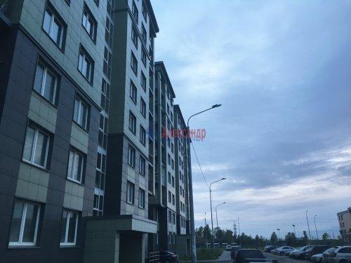 2-комнатная квартира (62м2) на продажу по адресу Шушары пос., Полоцкая (Славянка) ул., 11— фото 1 из 7