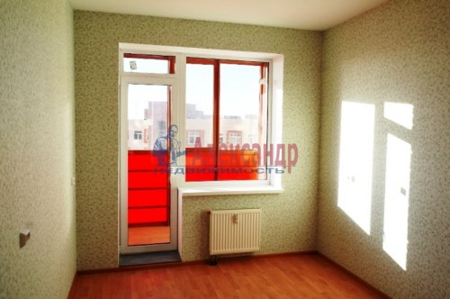 1-комнатная квартира (38м2) на продажу по адресу Мурино пос., Шоссе в Лаврики ул., 83— фото 4 из 5
