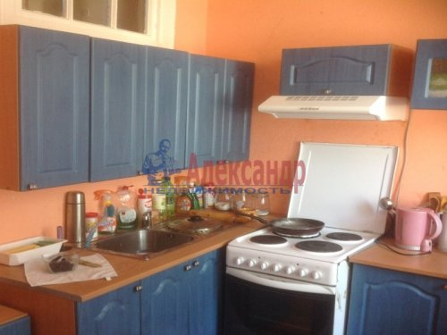 2-комнатная квартира (55м2) на продажу по адресу Ваганово дер., 9— фото 2 из 7