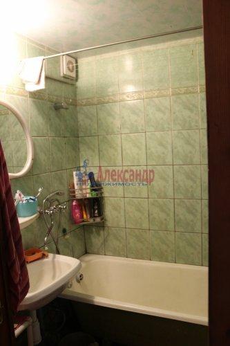 3-комнатная квартира (68м2) на продажу по адресу Обуховской Обороны пр., 144— фото 6 из 8