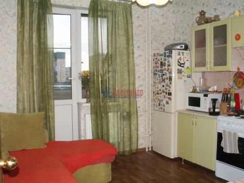 2-комнатная квартира (60м2) на продажу по адресу Доблести ул., 17— фото 9 из 21