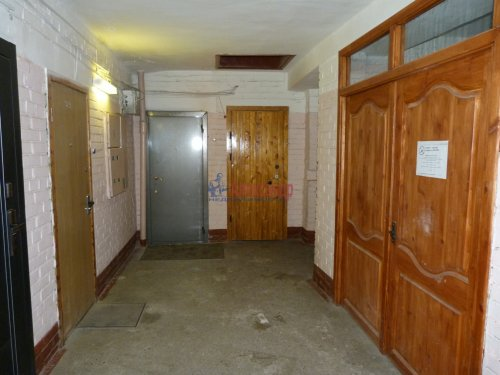 1-комнатная квартира (39м2) на продажу по адресу Пискаревский пр., 52— фото 15 из 16