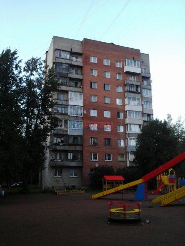 2-комнатная квартира (52м2) на продажу по адресу Кузьмоловский пгт., Молодёжная ул., 13А— фото 1 из 9